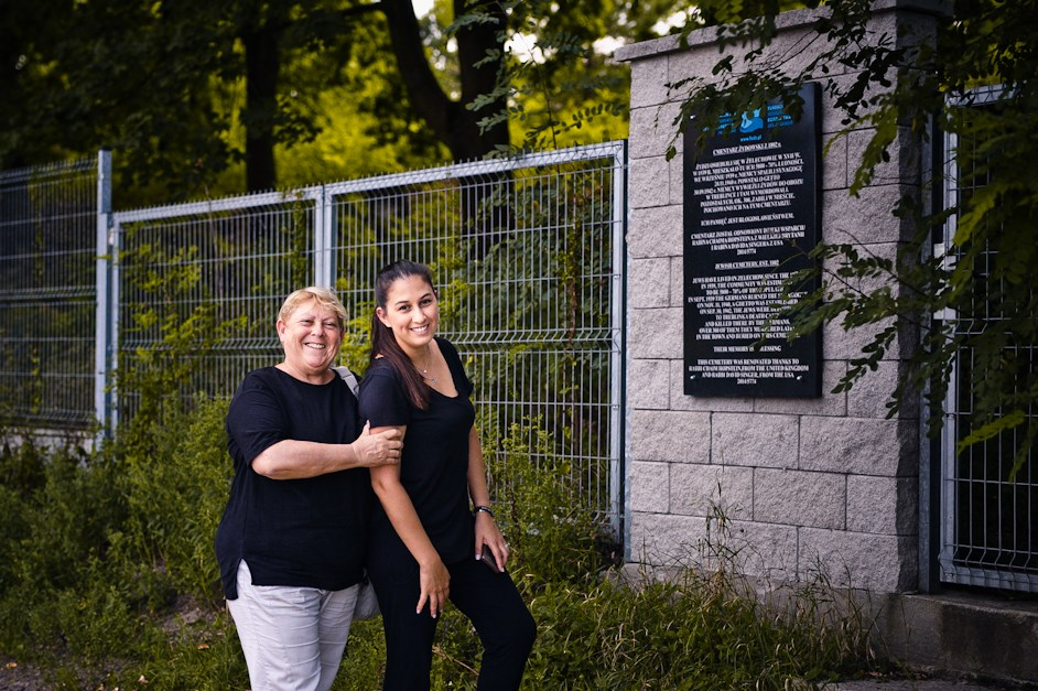Shuramit from Israel visits her grandparents' town, Zelechow